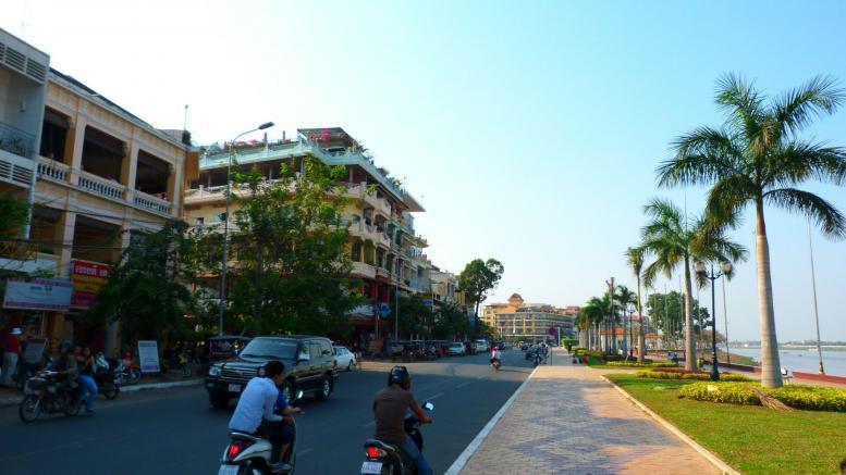 Phnom Penh sur les quais