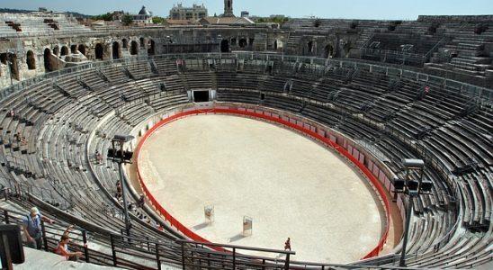 amphithéâtre Nîmes