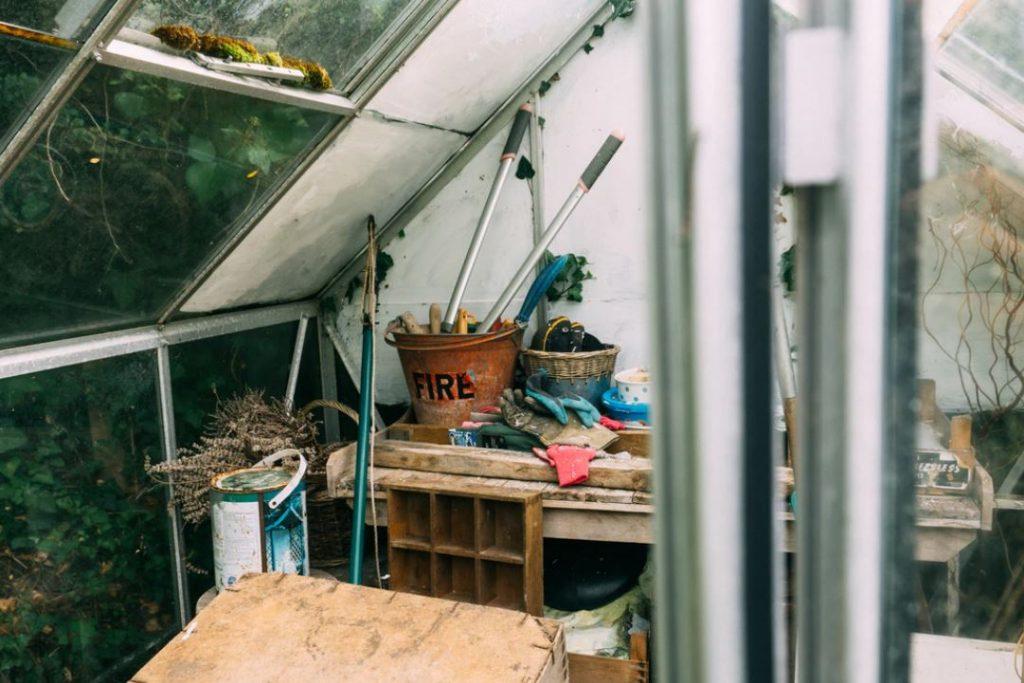 Un abri pour stocker tout votre matériel de jardinage