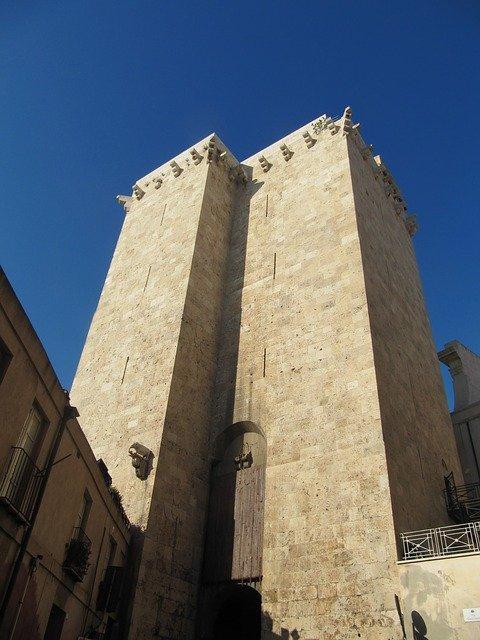 Tour de l'éléphant à Cagliari
