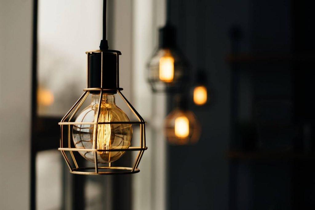 Les modèles de lampes du moment pour décorer votre intérieur