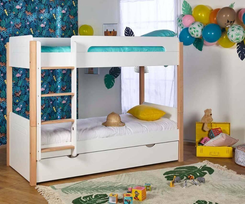 lit bois massif chambre enfant